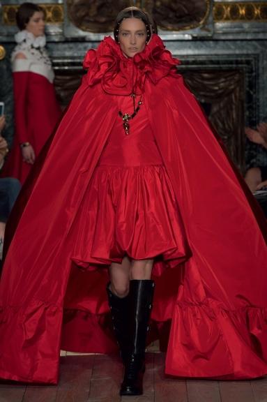 valentino-haute-couture-fw1617-copyright-valentino